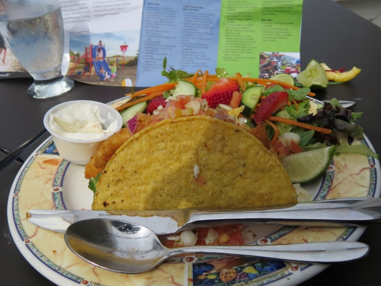 C:\Users\Orit\Pictures\US-Canada trip 2016\Canada - first trip\Cape Breton\Middle Head Peninsula\Fish taco meal at Atalantic restaurant in Keltic Lodge.JPG