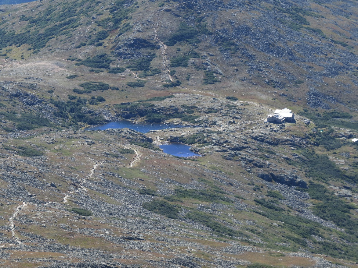 Mountain ponds and hikers refuge, Mount Washington
