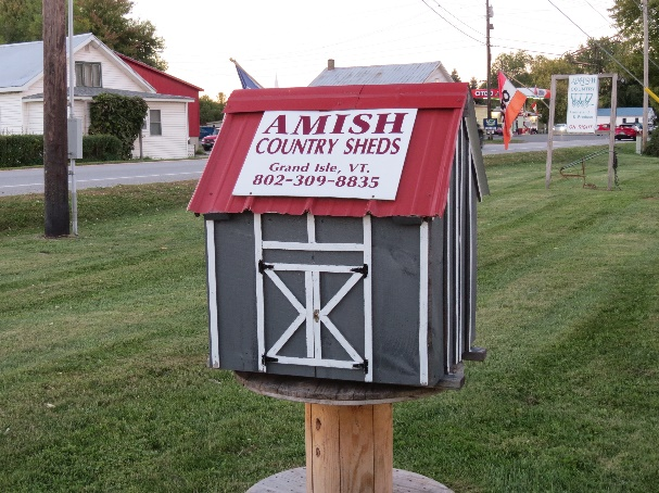 Amish selling country sheds, Isles Champlain