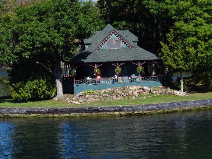 Uncle Sam Boat Tours, 1000 Islands. Fantasia