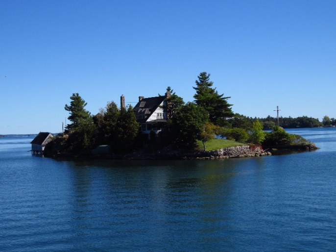 Uncle Sam Boat Tours, 1000 Islands. One of the islets