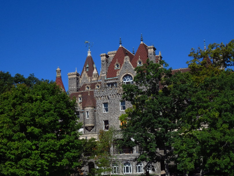 Close view of Boldt Castle. Uncle Sam Boat Tours, 1000 Islands