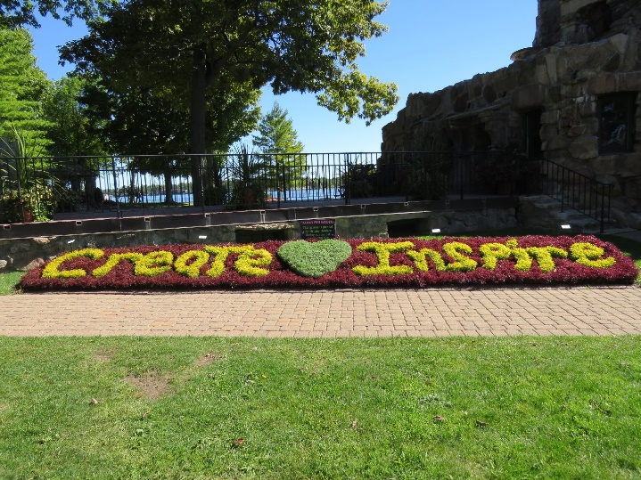 Heart Island's gardens. Boldt Castle, Uncle Sam Boat Tours, 1000 Islands