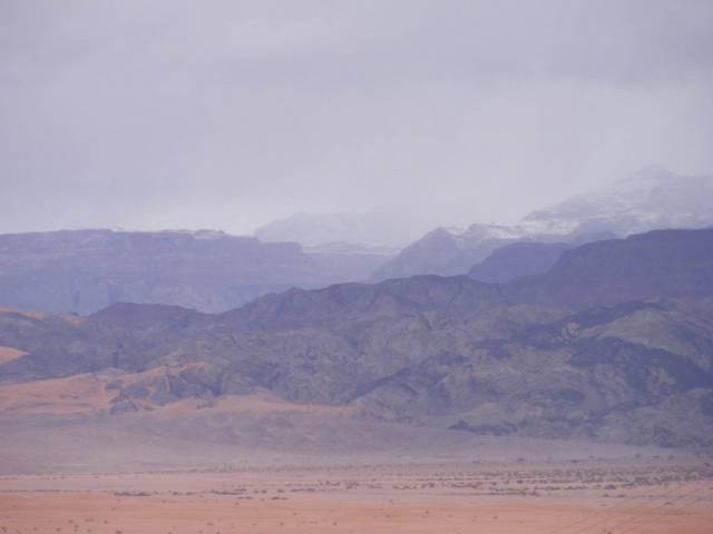 Hazy mountain view with snow, Edom 2013