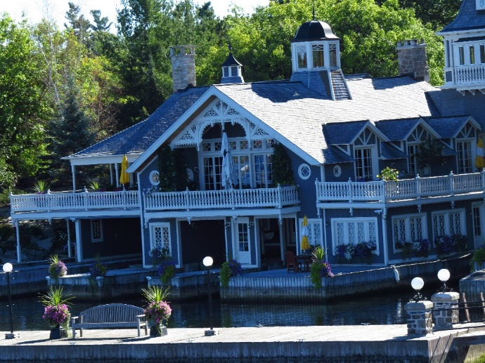 Mansion, 1000 Islands, NYS