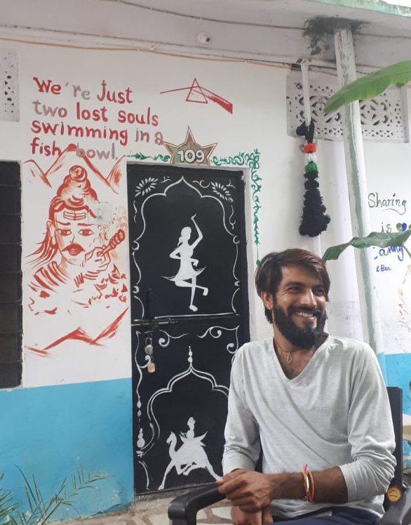 Simba at Shankar Palace, Pushkar. 80 percent of guests and mural art Israeli
