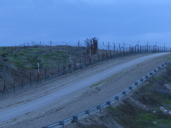 Border fences to Jordan
