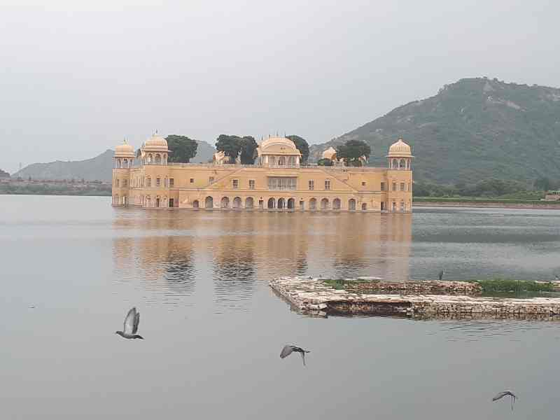 Water Temple. Jaipur vicinity, Rajasthan