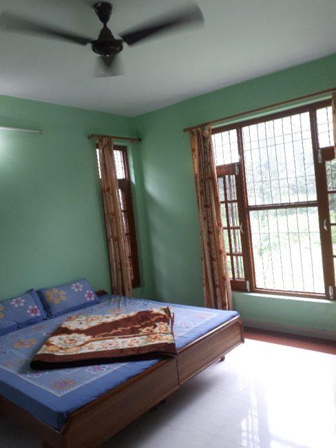 350R room in Amritsar, Punjab