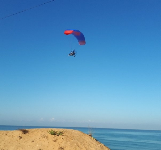 Glider over beach south of Netanya