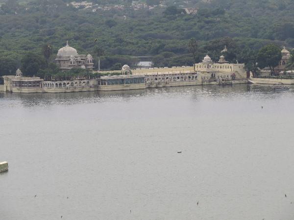 Palaces by Lake Pichola, Rajasthan