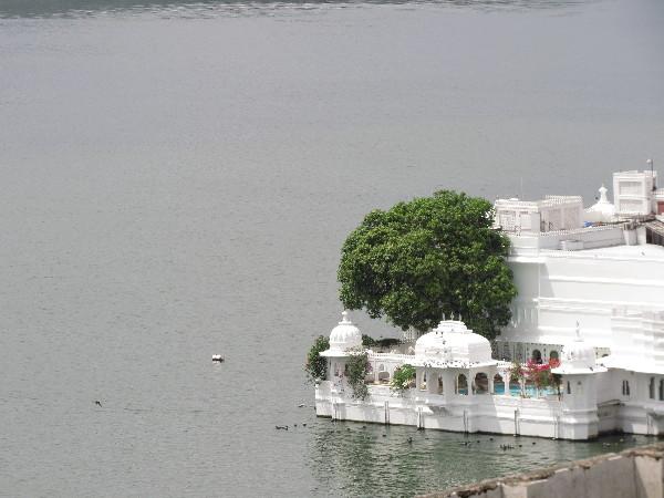 Palace on Lake Pichola, Rajasthan
