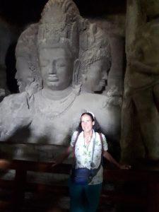 By Mahesa Murti, 3-form Shiva, Elephanta