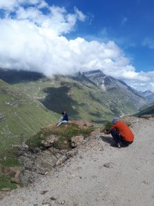 Admiring boyfriend takes pic of Indian beauty posing on rock on road from Manali to Leh