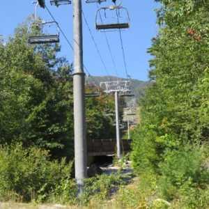 C:\Users\Orit\Pictures\US-Canada trip 2016\New York state - Adirondacs\Gondolas on WhiteFace mountain.JPG